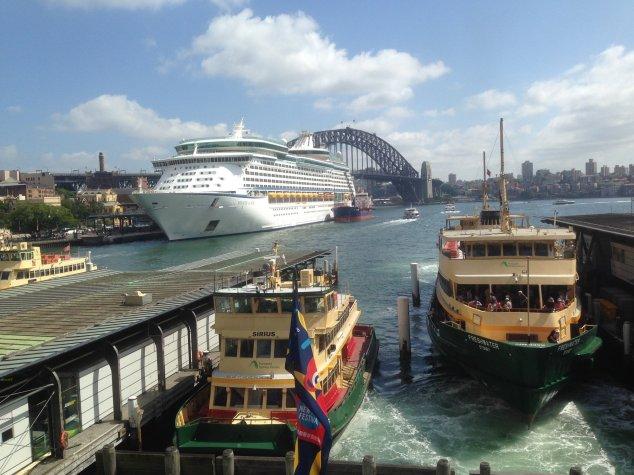 Post - Sydney - Circular Quay